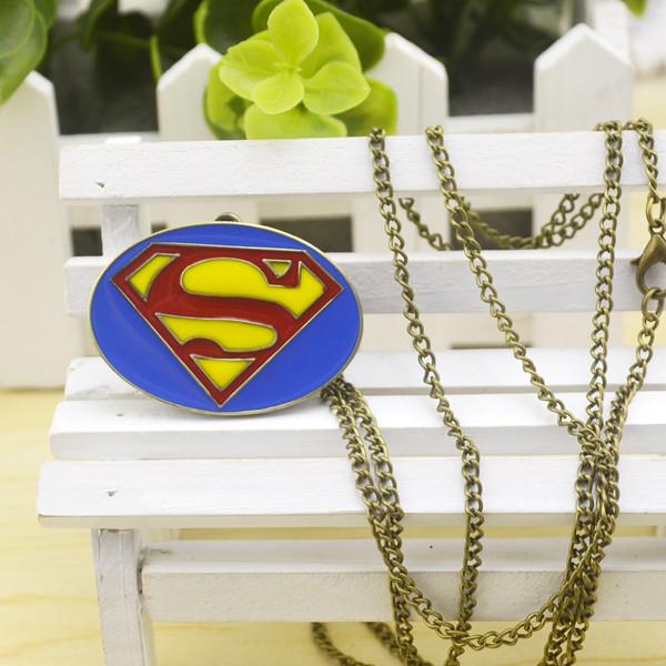 Часы кулон Супермен