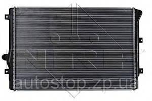 Радиатор охлаждения Volkswagen Caddy III 1.6/2.0 (дизель) 2004--2010 NRF (Нидерланды) 53425