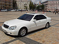 Аренда авто Мерседес 220 белый, фото 1