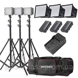 Комплект света NEEWER (3 x LED светильника со стойками и софтбоксами - сумка для переноски)