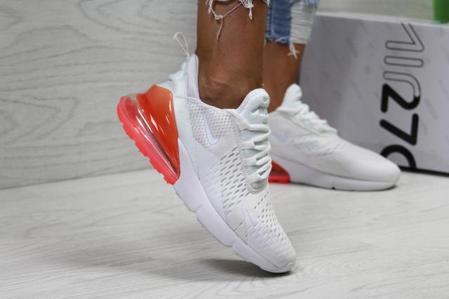 Купить женские кроссовки Nike фото