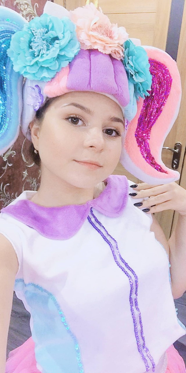 Аниматоры Куклы LOL Surprise на детский праздник Киев.лол единорожка аниматор кукла