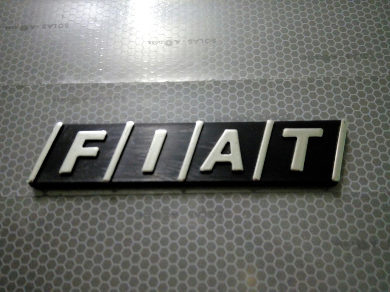 Надпись FIAT  11,5х2,5 см