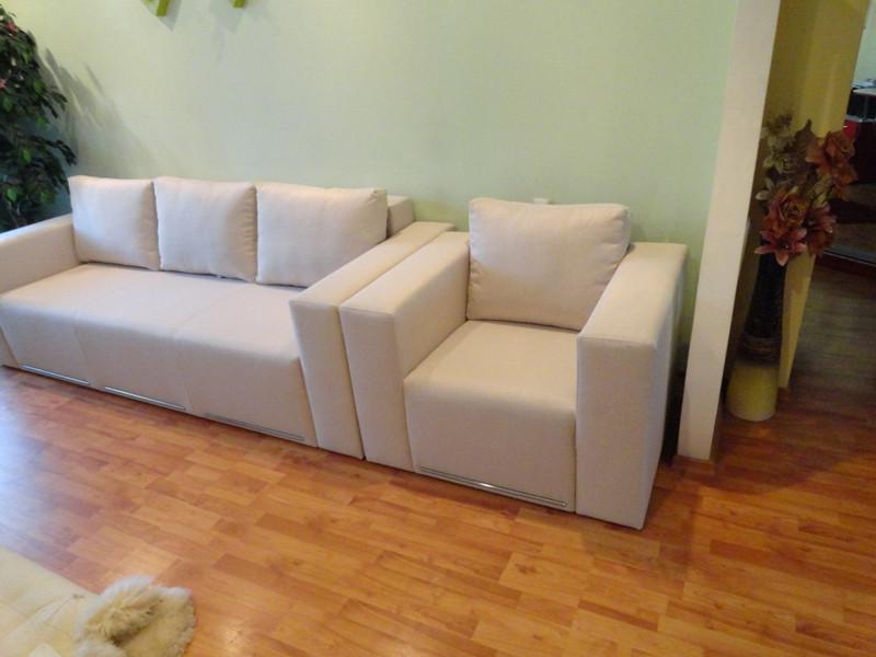 Перетяжка комплекта мебели для гостевой. Перетяжка мягкой мебели.