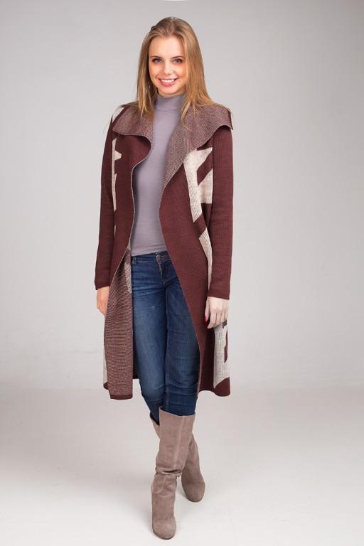 Стильный и элегантный кардиган-пальто с контрастным геометрическим узором