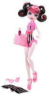 Кукла  Монстер Хай  Дракулаура Пляжные Куклы (Monster High  Draculaura Swim Doll)