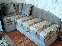 Перетяжка углового дивана для детской