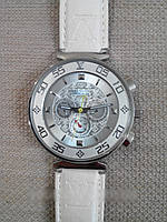 Женские наручные часы Louis Vuitton, часы Луи Витон