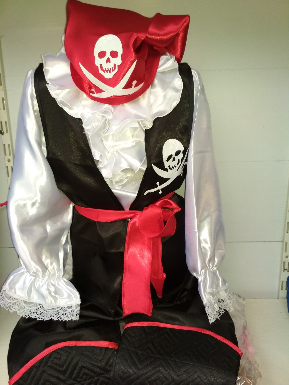 Маскарадный костюм пирата-разбойника на утренник новогодний карнавальный костюм