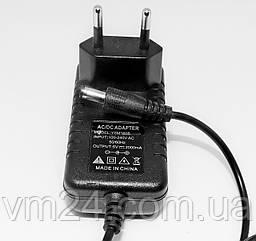 Блок питания, сетевой адаптер 5В 2А.