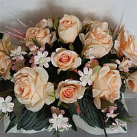 Композиция с чайными розами