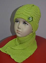 Комплект зимовий Квіточка: шапка з шарфом для дівчинки (AJS, Польща)