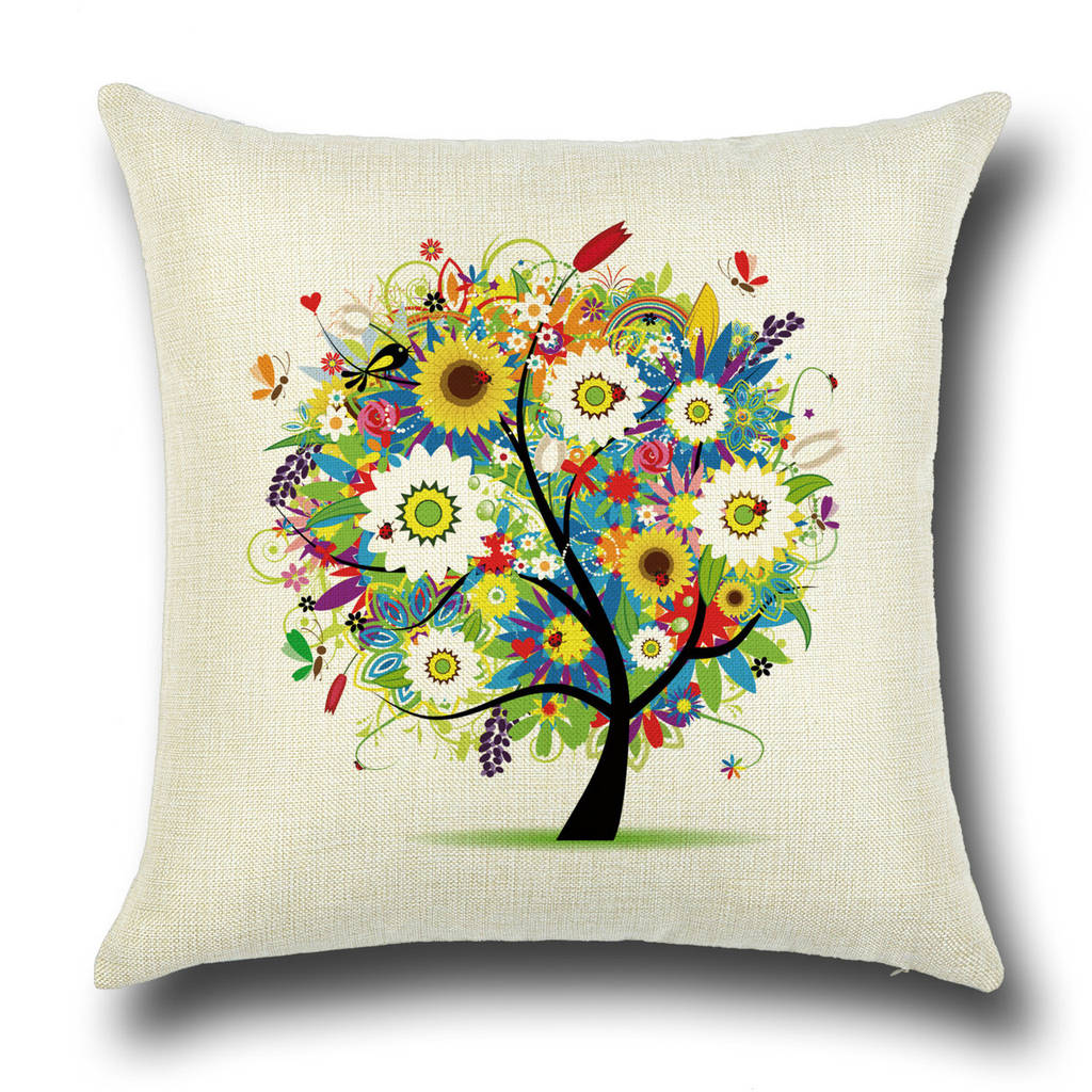 Подушка с принтом Пестрое дерево