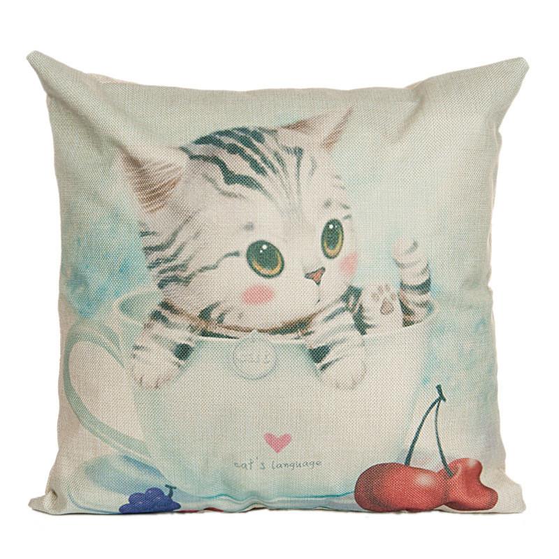Подушка с принтом Котенок в чашке