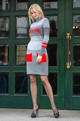 Вязаное платье с карманами «Мулине». Женское платье