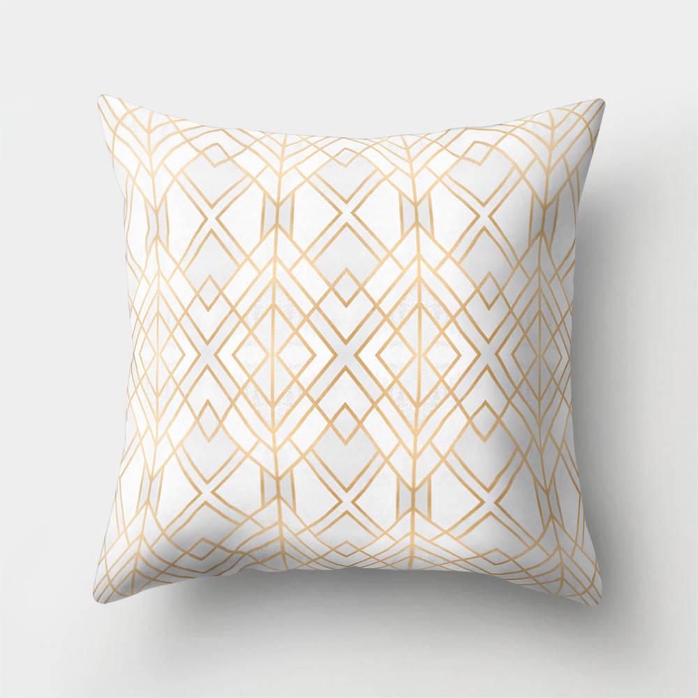 Подушка с принтом Золотые ромбы