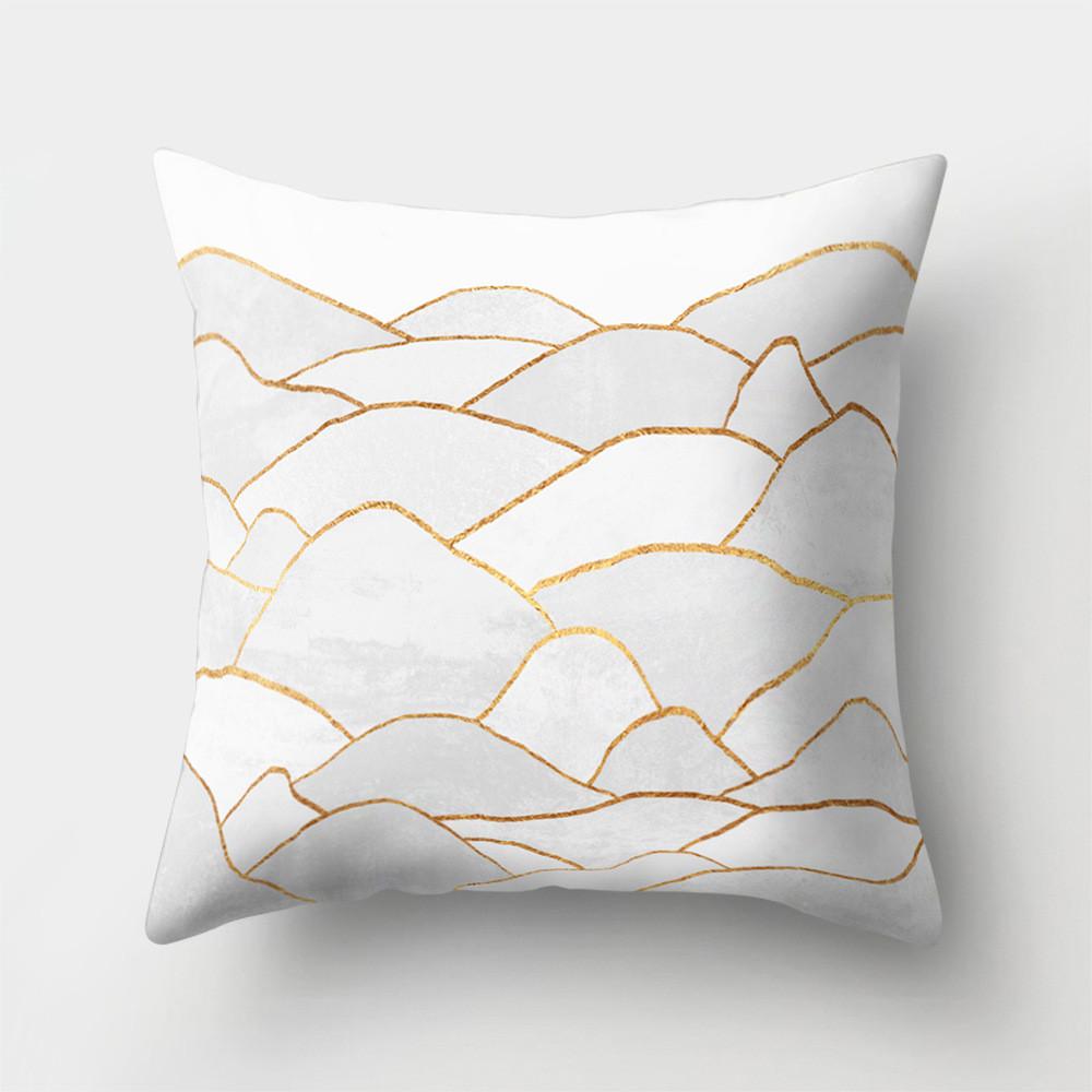 Подушка декоративная Золотые холмы 45 х 45 см Berni