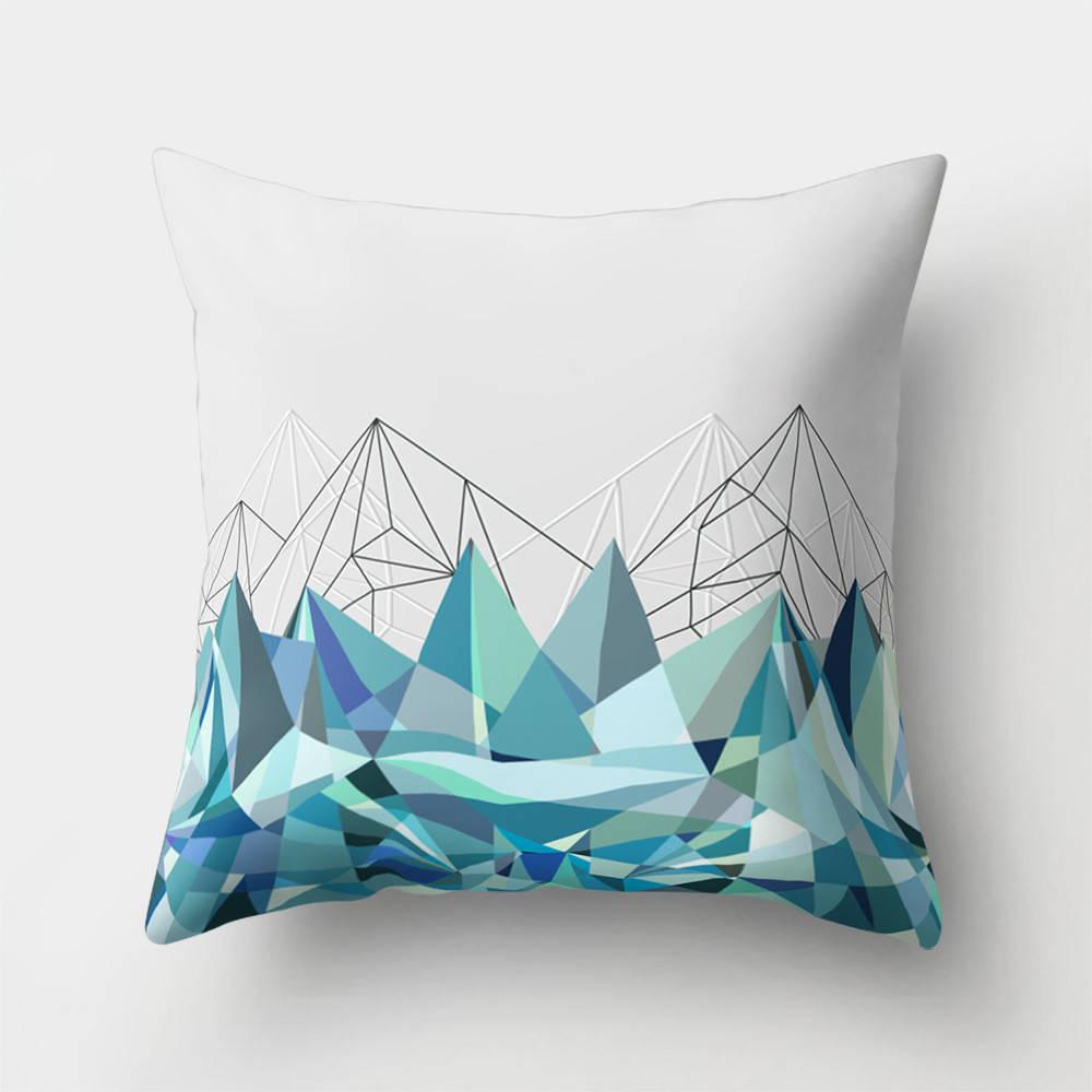 Подушка с принтом Горная зима