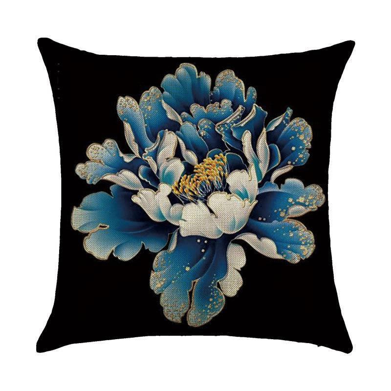Подушка с принтом Большой цветок
