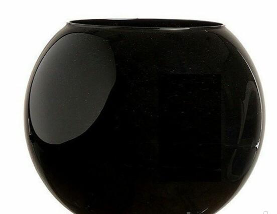 Ваза стеклянная круглая черная