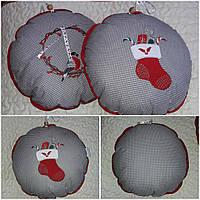 Новогодняя декоративная подушка-игрушка, диам. 38 см, 220/190 (цена за 1 шт. + 30 гр.)