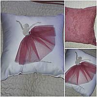 Красивая декоративная подушка, 45х45 см, 350/310 (цена за 1 шт. + 40 гр.)