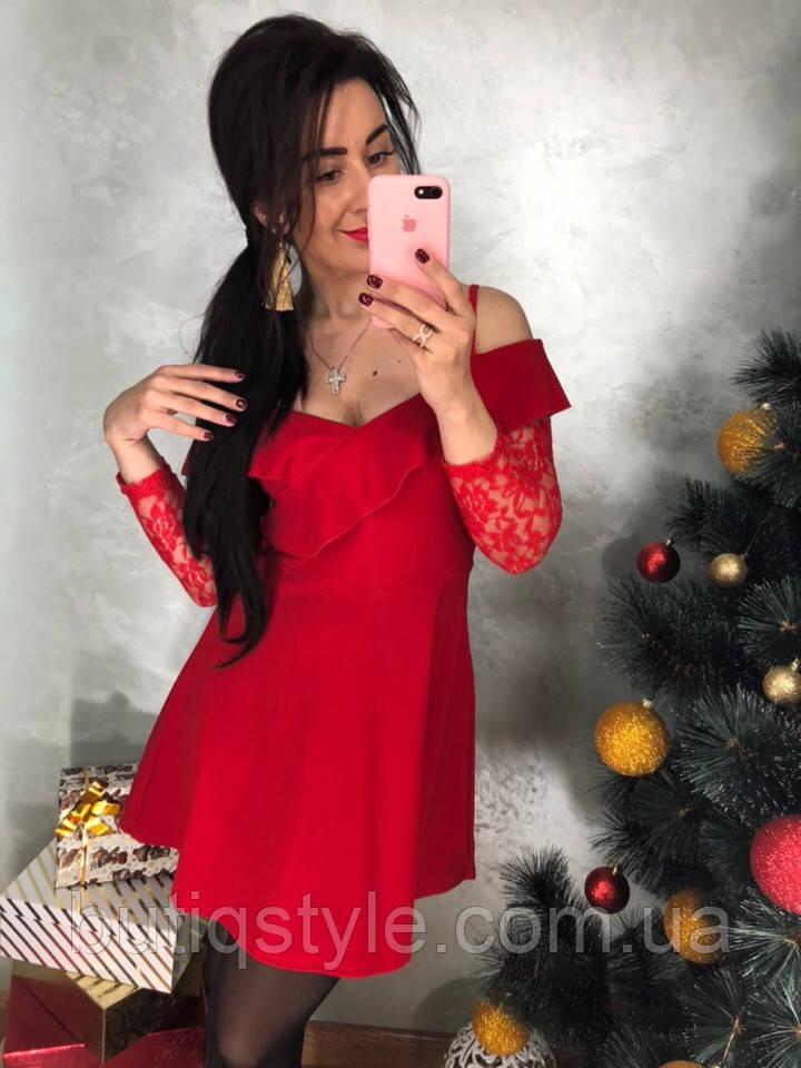 Красивое  женское платье с гипюром черное, красное