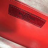 Сумка жіноча на пояс Валентино Garavani Free Rockstud Spike 20, 23 см, колір золотистий, натуральна шкіра, фото 8