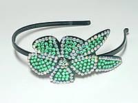 Обруч для волос, черный пластик, стразы зеленые и хамелион, ширина 6 мм