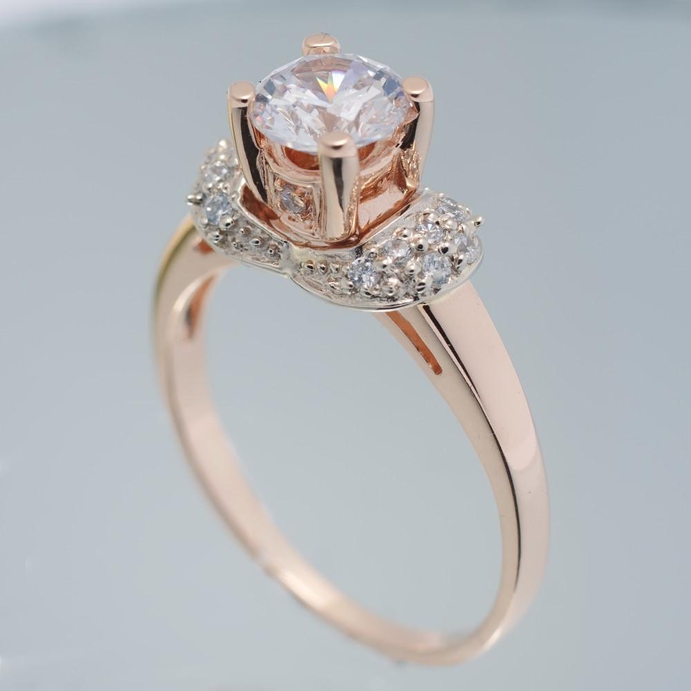 Золотое помолвочное кольцо с фианитами. К6843
