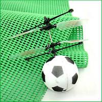Футбольный мяч-игра: летит и плавно приземляется