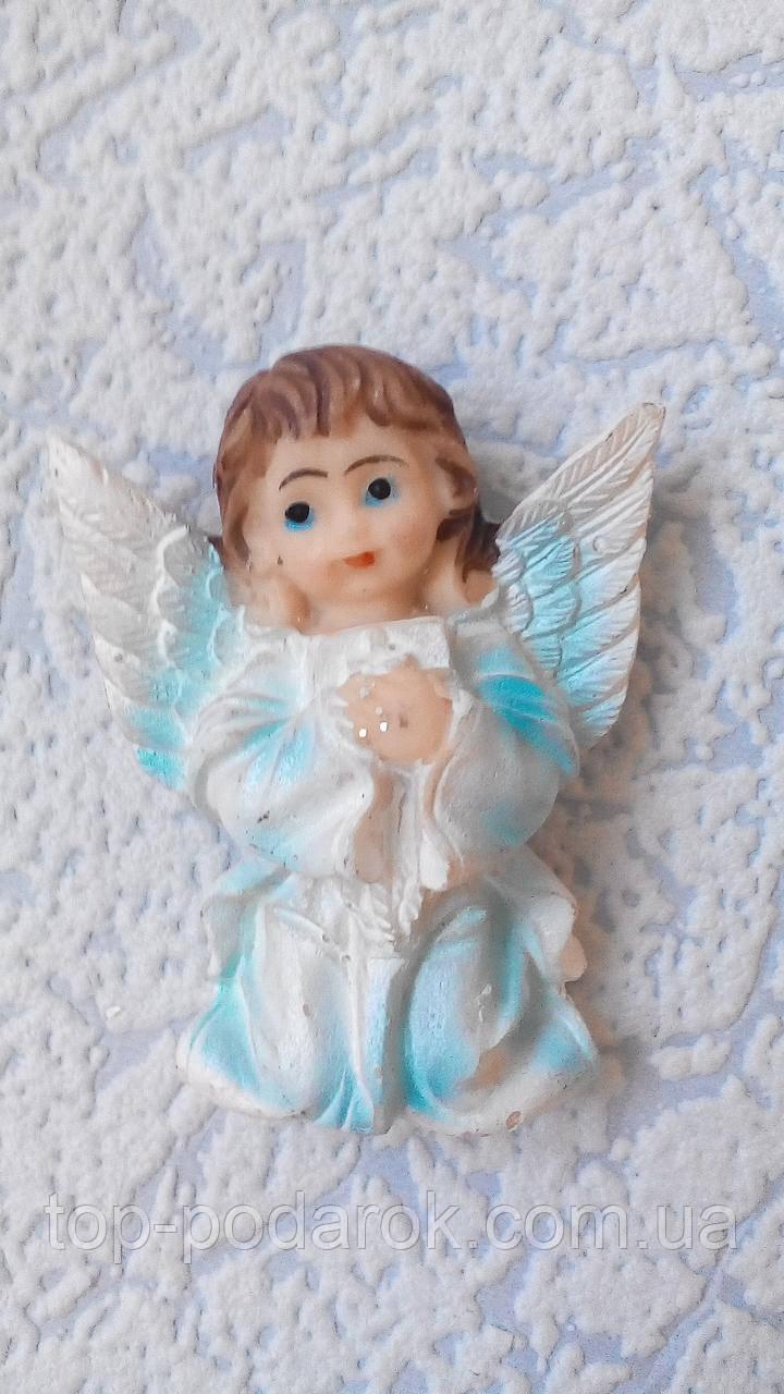Магнит керамический ангелочек высота 5.5 см