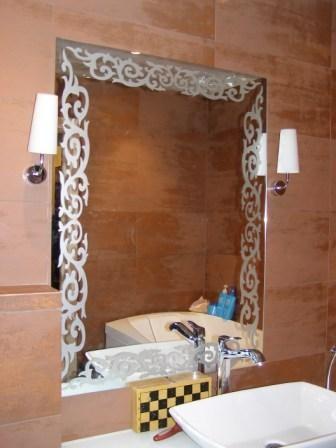 Изготовление зеркал любого размера и формы под заказ - «ДекорСтекло» - фартуки из стекла, скинали, зеркала на заказ в Киеве