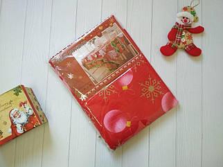 Новогодняя скатерть из ткани на стол с шариками красного цвета 150*220 р, скатерти оптом от производителя