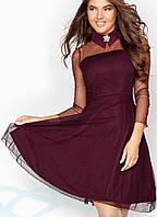 Нарядное бордовое платье с брошкой, фото 1