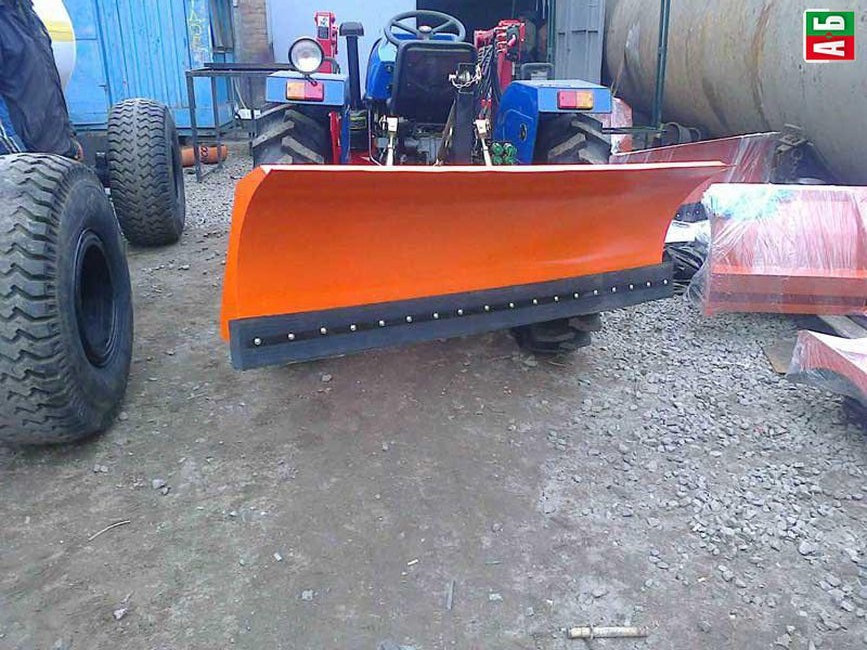 Задний отвал для трактора, отвал 1.5 м