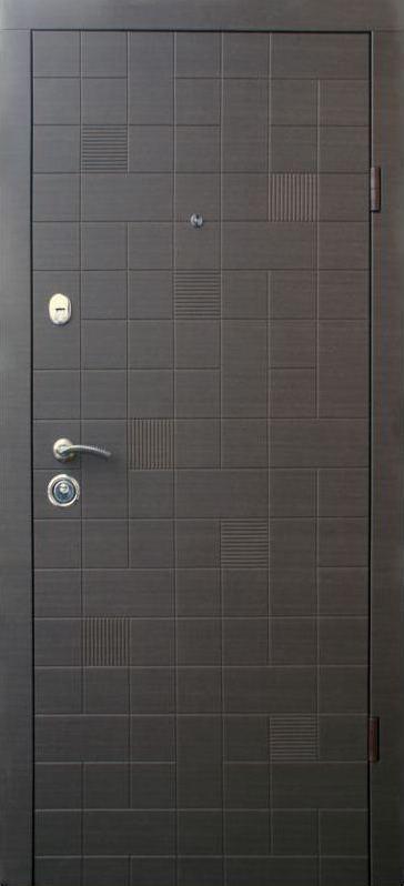 Уличные металлические входные двери Каскад