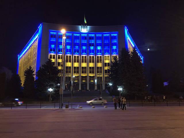 Архітектурне освітлення фасаду Тернопільської ОДА  1