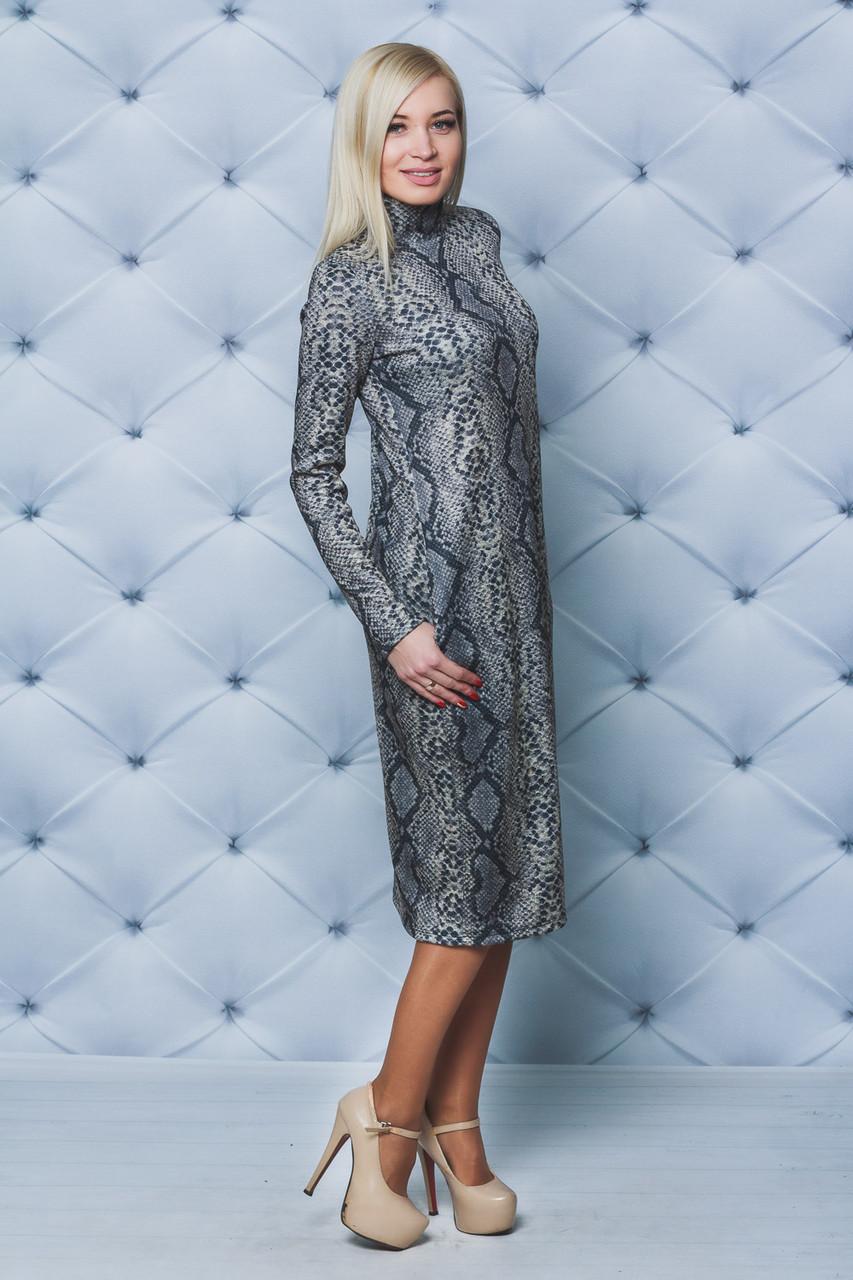 Трикотажное женское платье-футляр