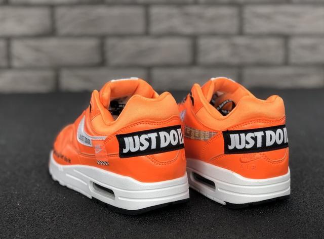 070bd7e0 Мужские Кроссовки Nike Air Max 1 Just Do It Orange — в Категории ...