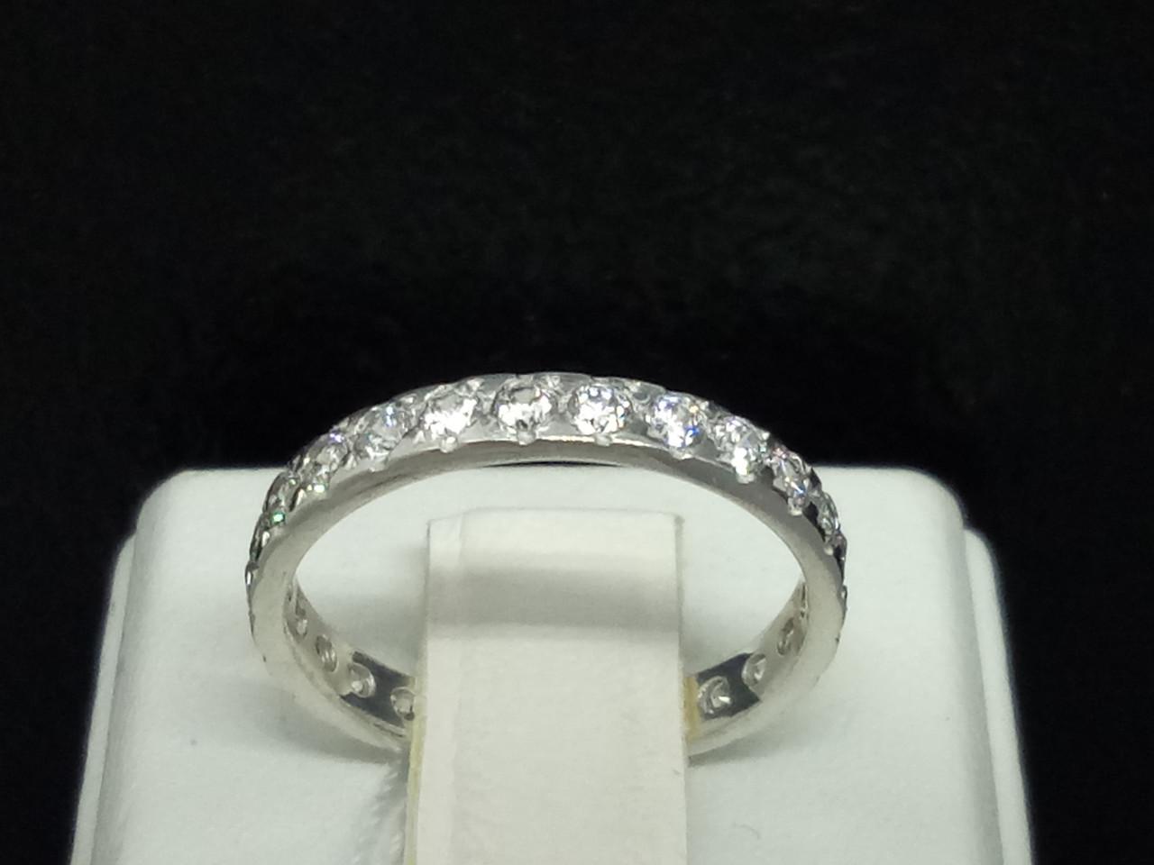 Серебряное кольцо с фианитами. Артикул 10106Р 16