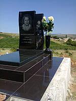 Памятник женский, фото 1
