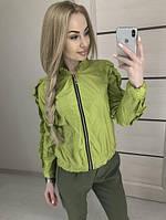 Женская легкая короткая куртка с рюшами на рукавах, фото 1
