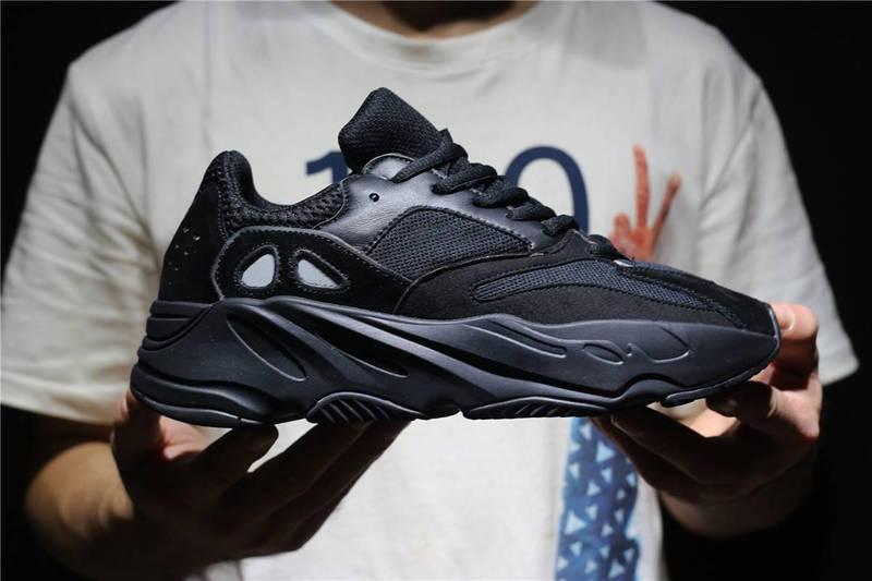 97f7c17e0bf6 Кроссовки Adidas Yeezy Boost 700 Black купить недорого   Заказать по ...