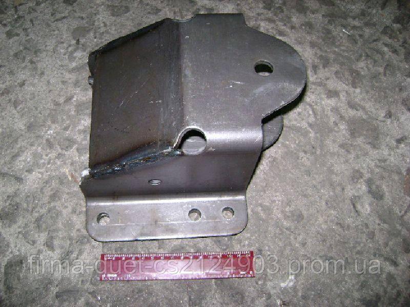 Кронштейн передний ГАЗ 33104 Валдай рессоры задней (пр-во ГАЗ)