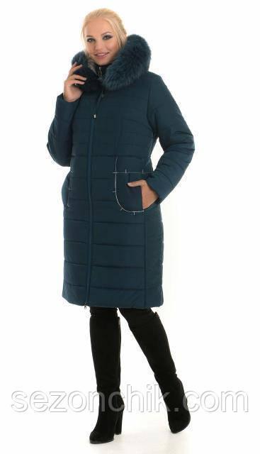 Красивое модное пальто с натуральным мехом удлиненное