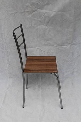 Кухонные стулья металлические с твердой сидушкой