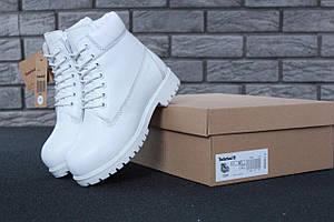 Женские ботинки Timberland Classic Boots белого цвета натуральный шерстяной мех 100% живые фото