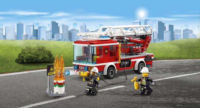 """Конструктор Lepin 02054 """"Пожарный автомобиль с лестницей"""" купить"""