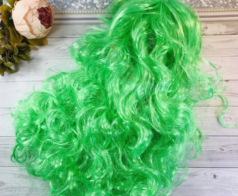 Парик зеленый волнистые волосы